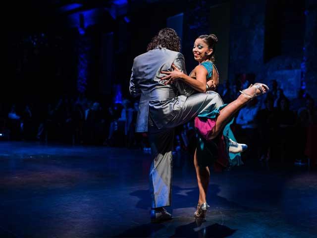 roque e giselle no show da milonga no festival de tango all aboard